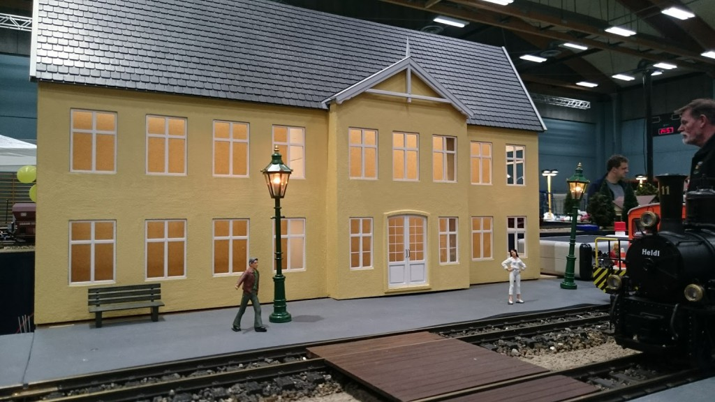 Stationen er langtfra færdig, men er alligevel kommet med på DGMF's udstilling i forbindelse med Hobbymessen.